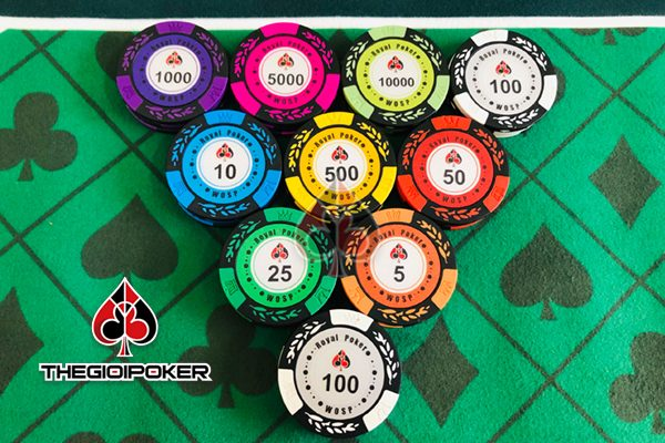 phinh-poker-300-500-chip-poker-royal