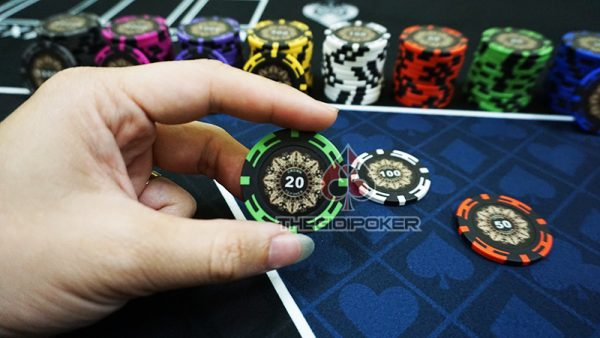 phinh-poker-crown-menh-gia-20