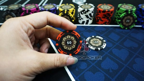 phinh-poker-crown-menh-gia-50
