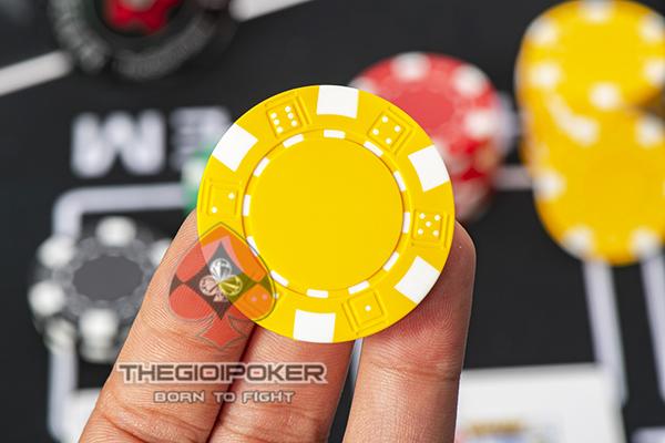 Chip Poker 3tone màu vàng chất liệu ABS lõi thép quá đẹp