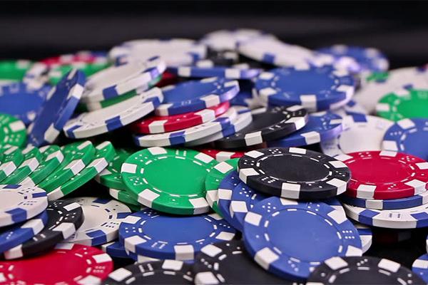 phinh-poker-300-chip-khong-so_basic4