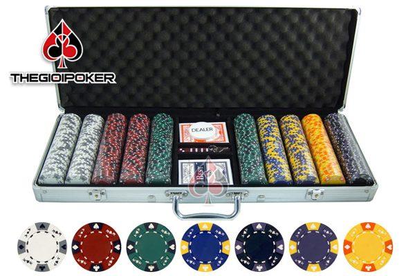 phinh-poker-khong-so-cao-cap-escape-300-500-chip-poker