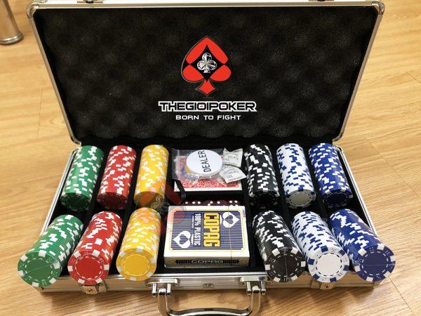 phinh_poker_300_chip_poker_khonhg_so_cao_cap_3tone