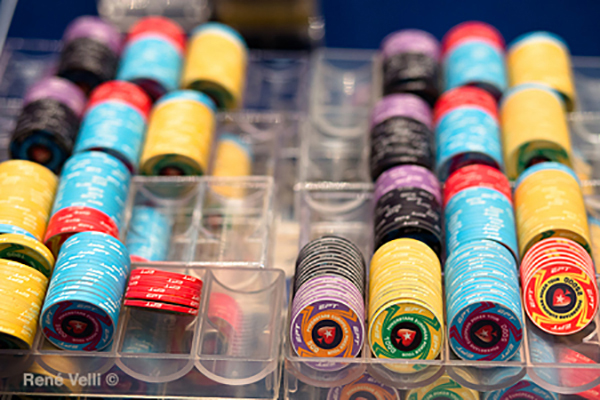 phinh-poker-cao-cap-ETP-ceramic-300-500-chip-set