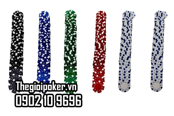 Màu sắc chip poker cực kỳ sắc nét