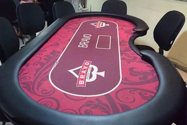 ban-poker-chuyen-nghiep-cho-home-game