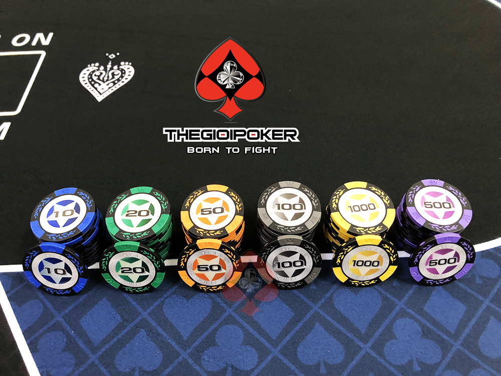 Chip poker set casino clay