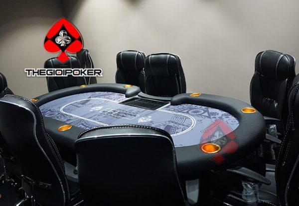 lam_ban_poker_cao_cap_club_poker_viet_nam
