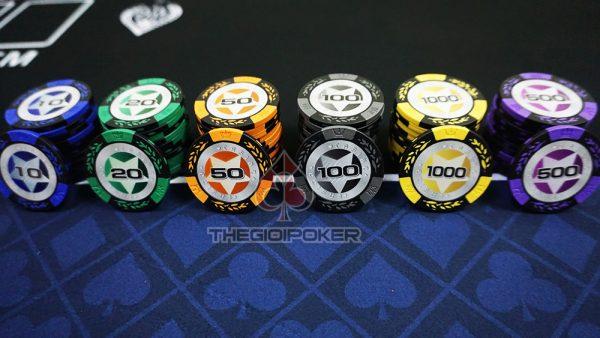 phinh-poker-clay-casino-co-so-cao-cap