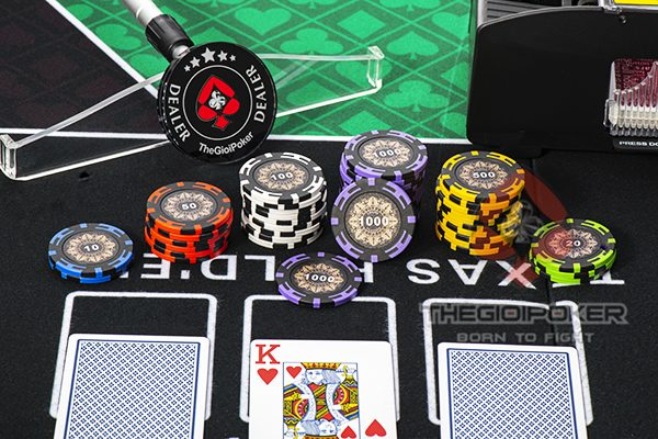 phinh_poker_clay_Crown_cao_cap_chi_co_duy_nhat_tai_thegioipoker
