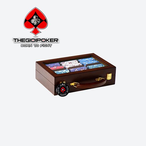 vali phỉnh poker 300 chip đựng trong vali gỗ cao cấp sang trọng