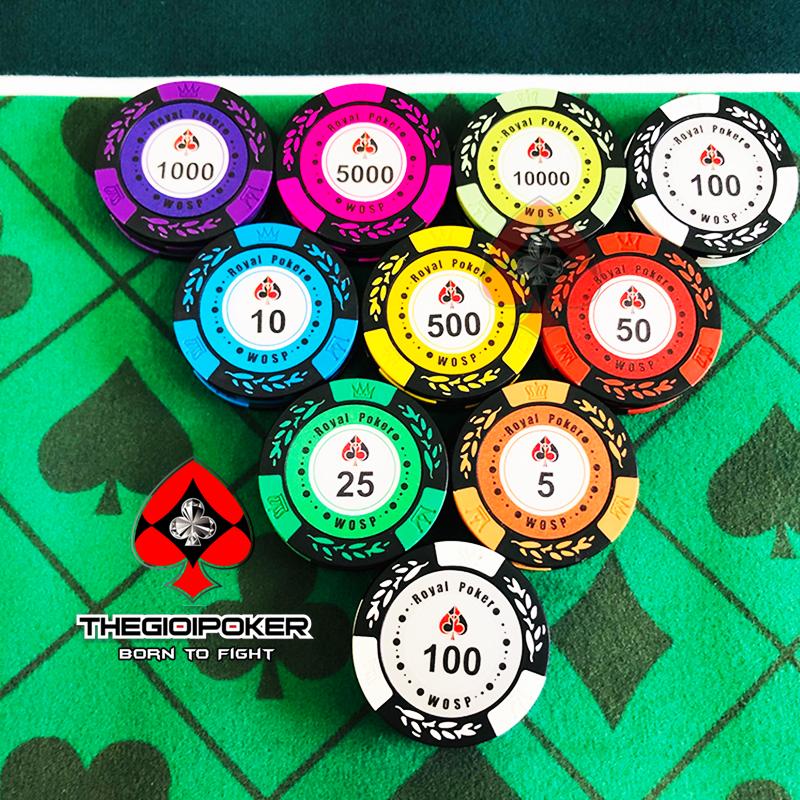 CHip poker royal clay set gồm nhiều mệnh giá từ 1 đến 10000