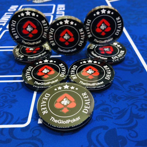 Dealer_button_Thegioipoker