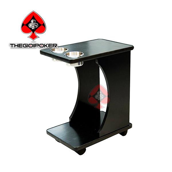 Xe đẩy đựng đồ uống phục vụ trong các poker club cao cấp tại Thế Giới và Việt Nam