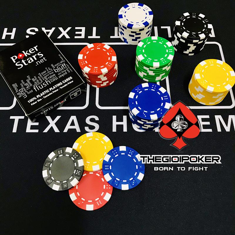 Chip poker được làm từ chất liệu cao cấp an toàn cho người sử dụng