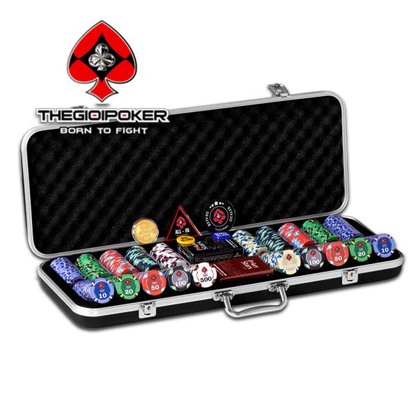 Bộ 500 chip poker ceramic Titan được đựng trong vali ABS sang trọng