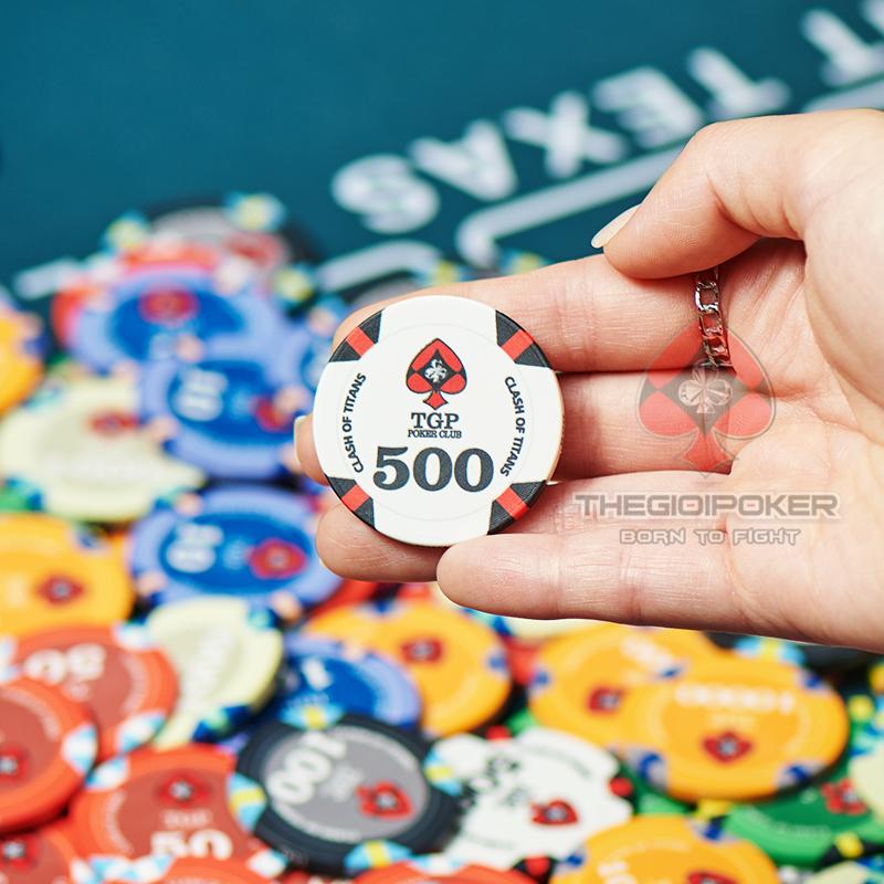 Chip Poker Ceramic Clash of Titan mệnh giá 500 màu trắng đỏ rất đẹp