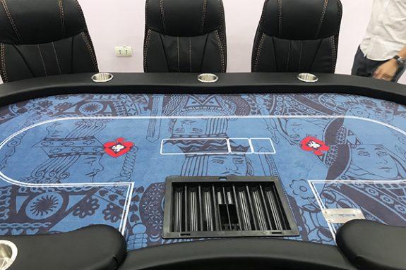 Bàn Poker chuyên nghiệp dành cho 10 người chơi được thiết kế bởi THEGIOIPOKER