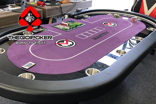 Bàn Poker chuyên nghiệp thiết kế dành riêng cho công ty Manteiv