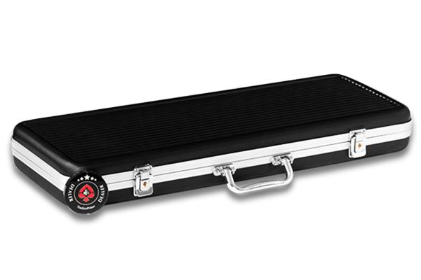Vali đựng chip là loại vali ABS black Cacbon cao cấp rất sang trọng